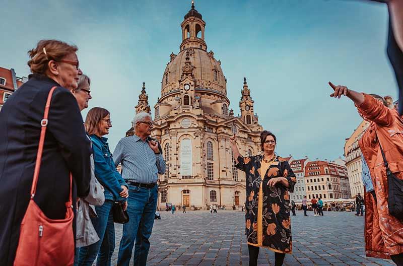 klassische Stadtführung in der barocken Dresdner Altstadt - © Robert Jentzsch | www.rjphoto.de